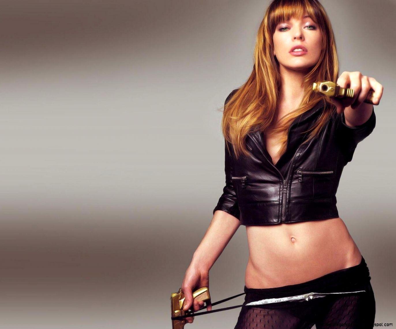 Milla Jovovich hot hd wallpapers   ACTRESS HD WALLPAPERS