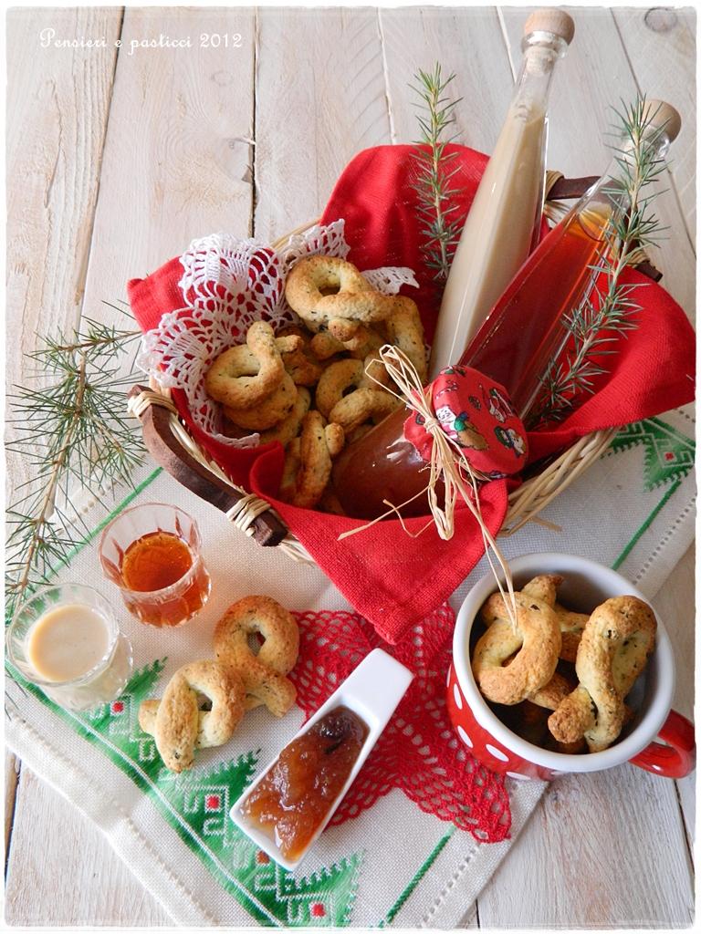 In cucina con il t t di natale idee regalo profumate e golose pensieri e pasticci - Idee cucina per natale ...