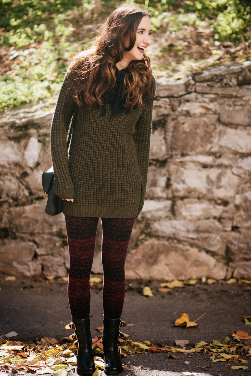 sweater leggings, arm green sweater, motorcycle boots, gold buckle boots, kate spade cross body, kate spade cobble hill purse, fall fashion, fall style