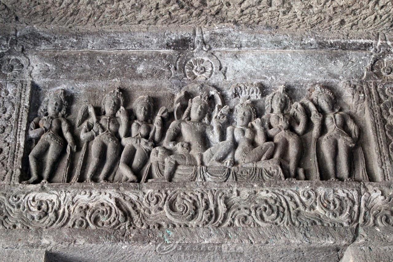 Sculptures in Cave 23