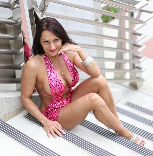 Mischa barton nude fakes