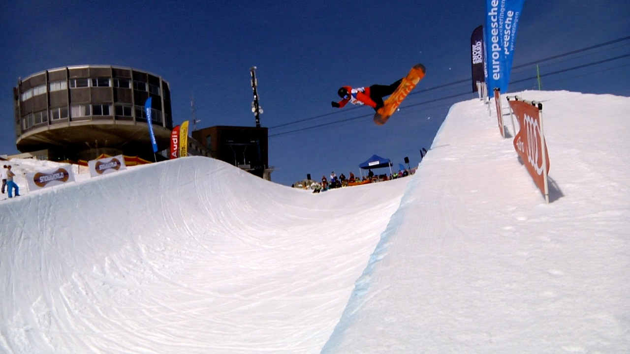 Snowfest 2014 NK snowboard en freeski. Half Pipe.