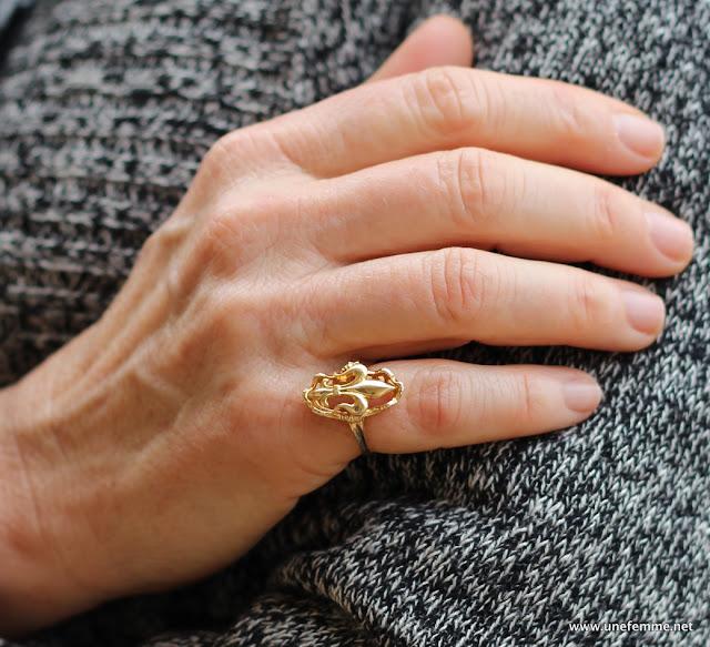 pinky ring fleur-de-lis
