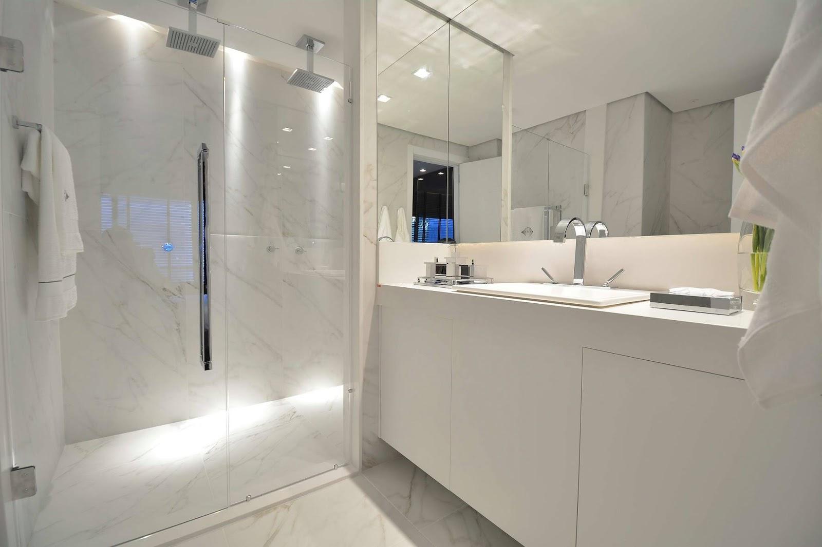 Construindo Minha Casa Clean: 20 Bancadas Brancas de Banheiros/Lavabos  #2A54A1 1600x1066 Bancadas Banheiros Modernos