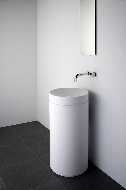 Коллекция Omvivo Mono для ванной комнаты