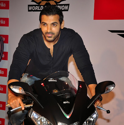 John-Abraham-on-new-Black-Aprilia-RSV4
