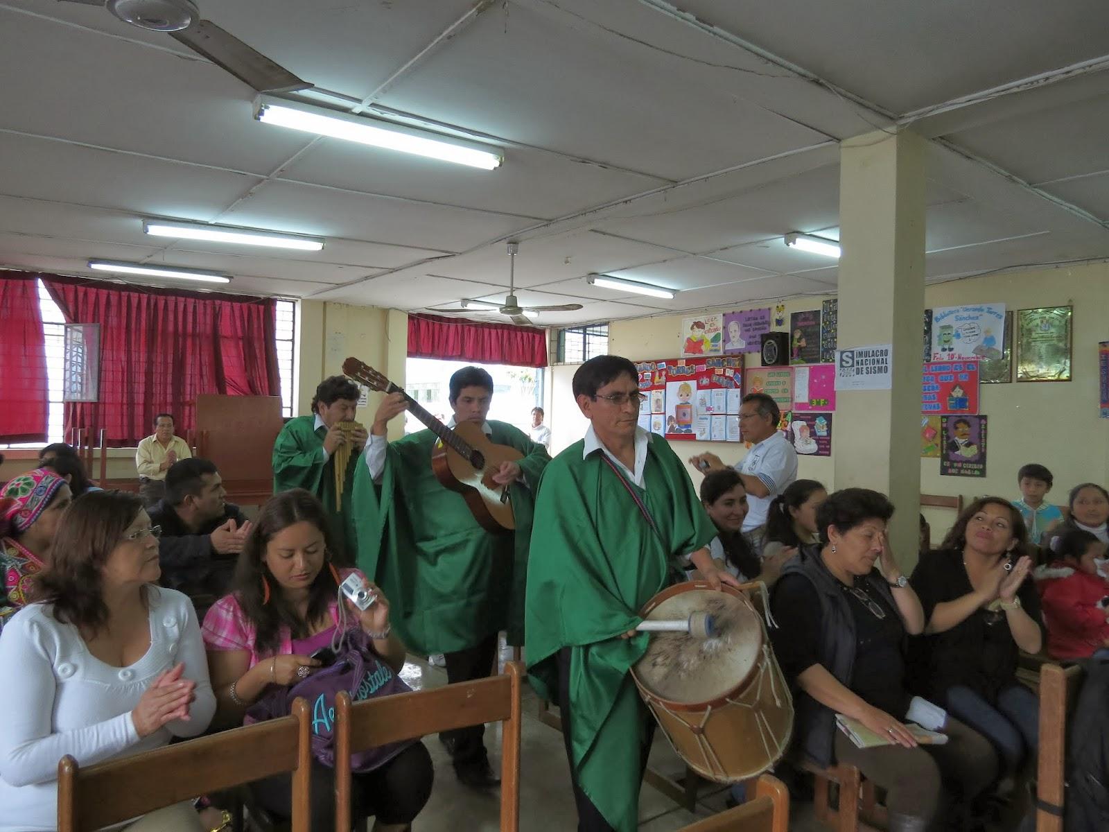 Sute 14 sector exitosa realizacion del ii concurso de for Concurso para maestros