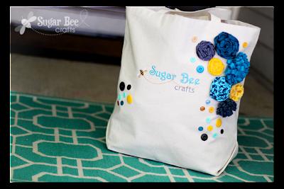 embroidered+logo+blog+bag.png