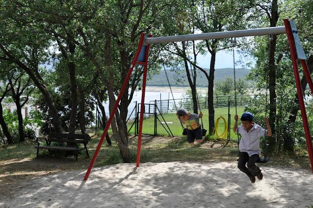 SIERRA DE MADRID CON NIÑOS: Piragüas en el embalse de El Atazar