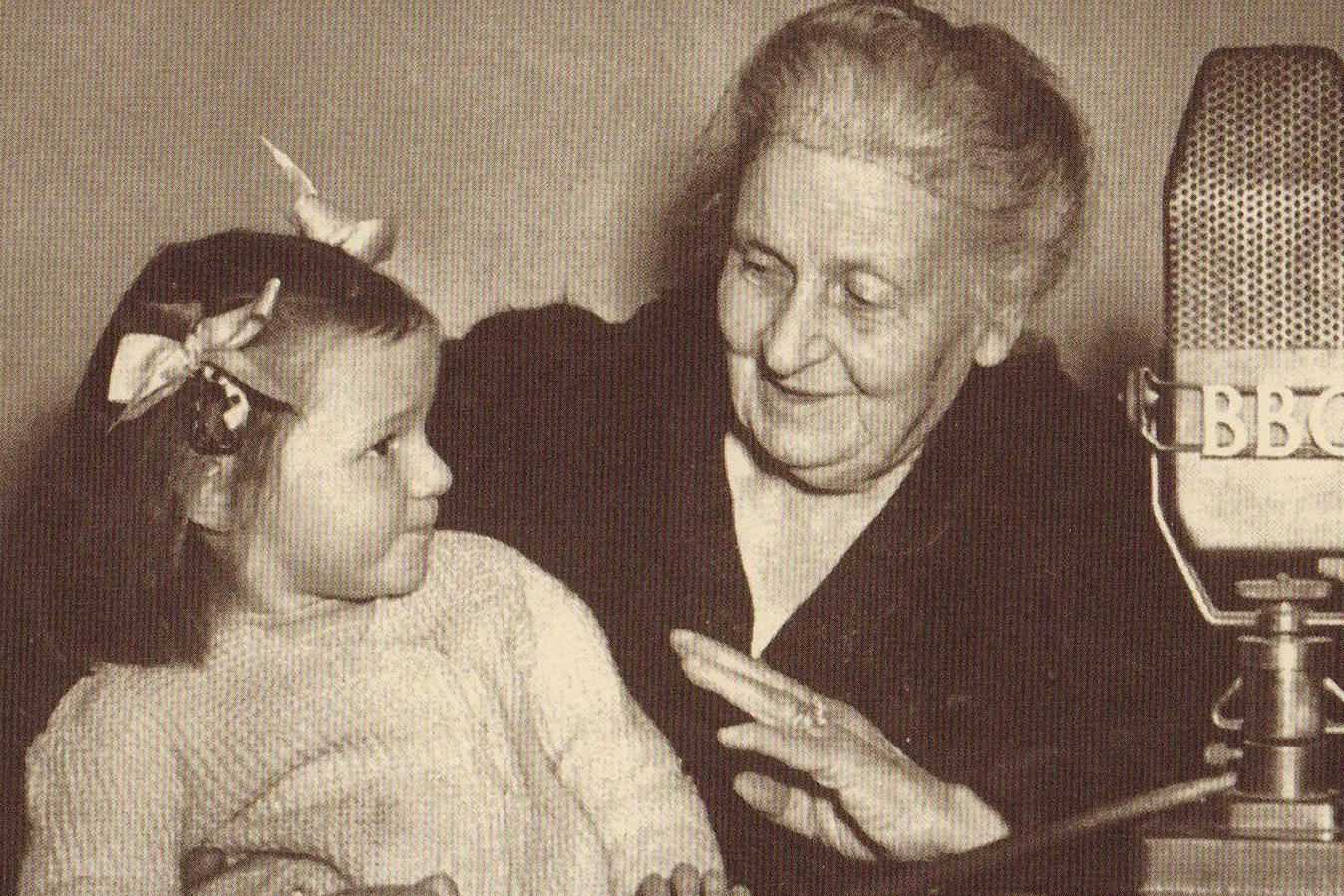 life of dr montessori Maria montessori was born on the 31st august 1870 in the town of chiaravalle,  italy her father, alessandro, was an accountant in the civil service, and her.