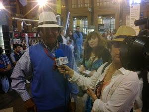 Escritor  Quilicurano presentó  su obra  en la Feria Internacional del Libro de Santiago FILSA.