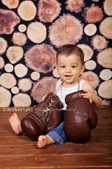 sesja zdjęciowa niemowlaczka, fotografia niemowlęca,  artystyczne zdjęcia dziecka, sesja noworodkowa w poznaniu