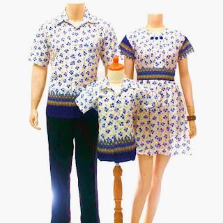 Foto Baju Batik Keluarga Solo