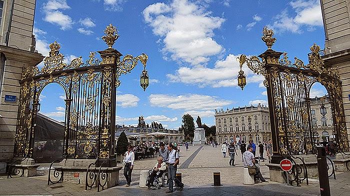 Place Stanislas : les grilles de Jean Lamour par fidber (CC/by/2.0).