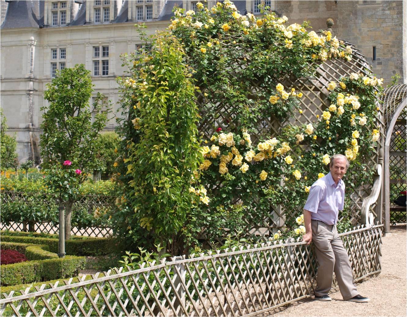 Tonnelles de jardin - Mobil home dans son jardin ...
