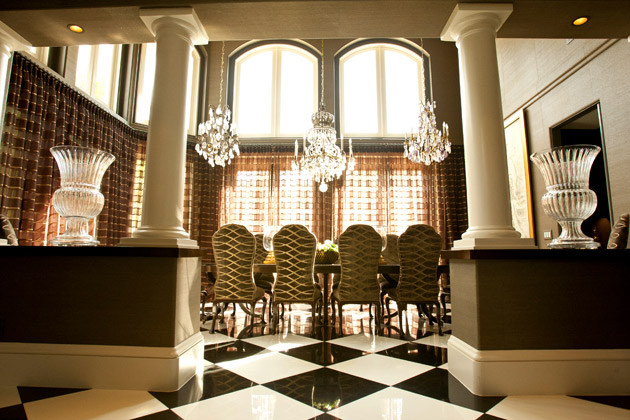 Kardashian decor inspiration vintage romance style - Khloe kardashian house interior ...