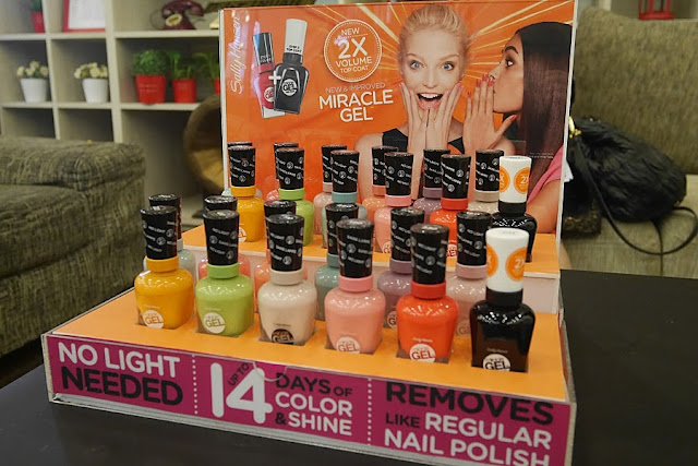 Sally Hansen Miracle Gel full range colours and top coat