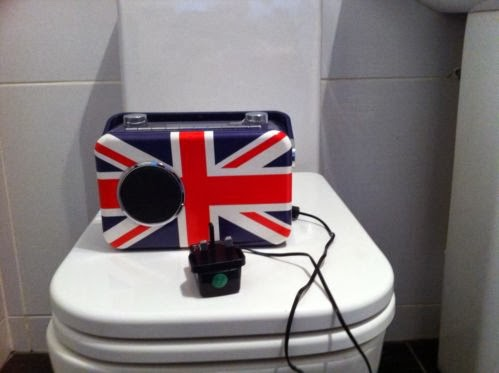 Bush,Union Jack Digital Radio