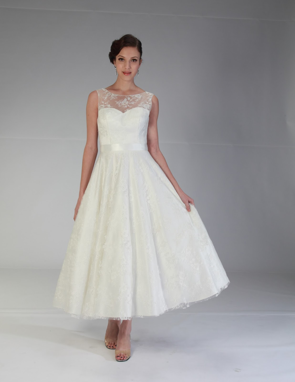 choosing the best wedding dress for a civil wedding