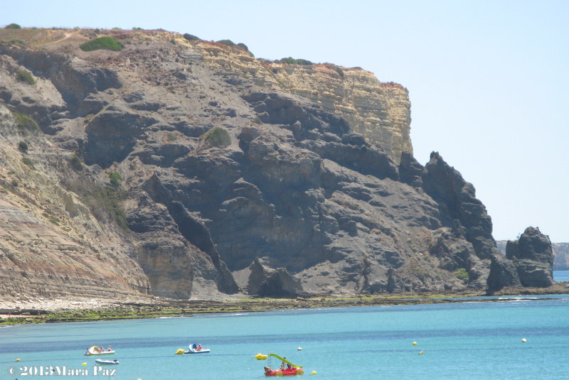 Black Rock, Praia da Luz Beach