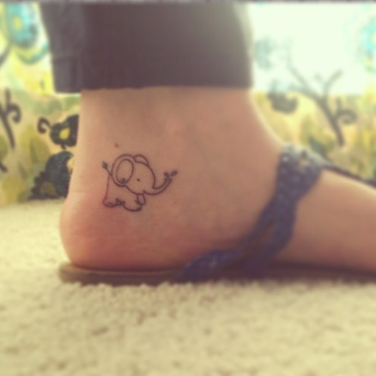 So cute elephants on foot female tattoofemale tattoos gallery for Elephant foot tattoo