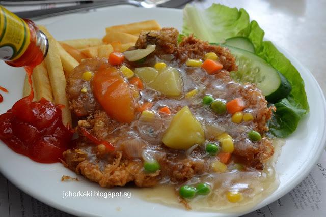 Yeng-Keng-Cafe-Bar-Hainanese-Western-Penang