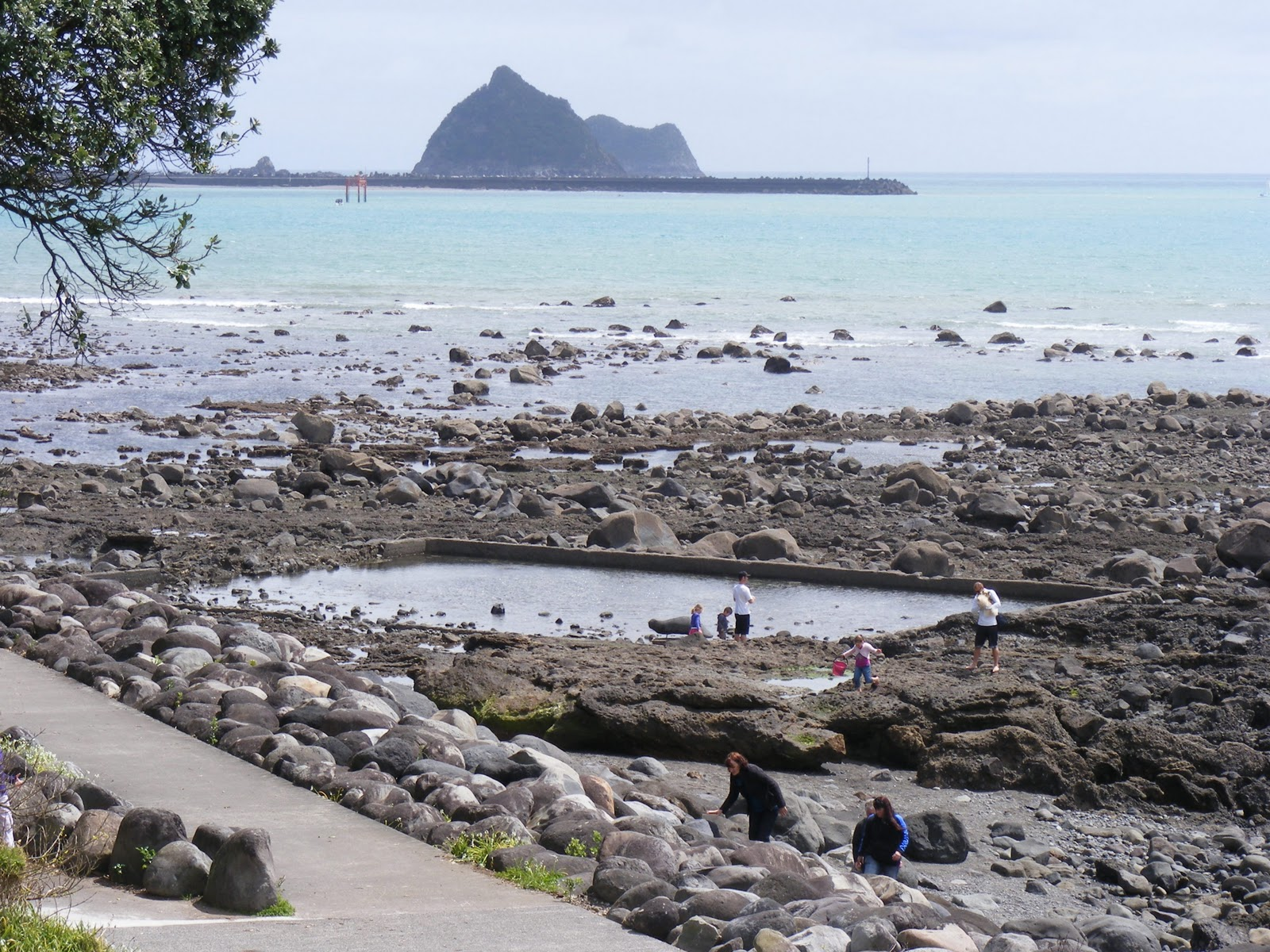 Photographing New Zealand New Plymouth Beach