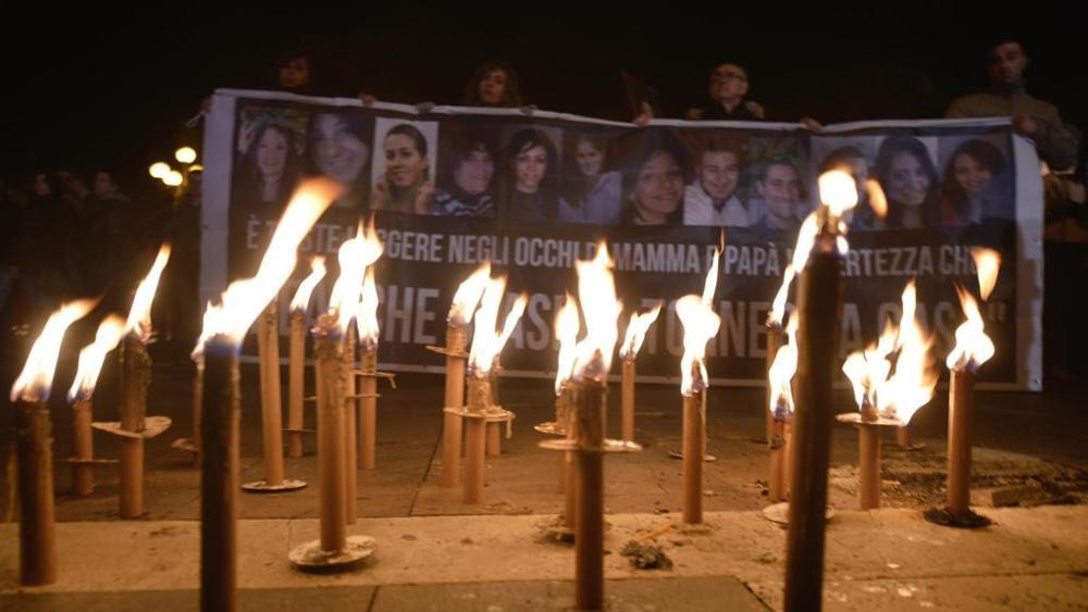 06.04.2016 - L'Aquila, in 7mila alla fiaccolata in ricordo delle vittime del terremoto