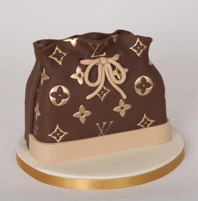 Themed Cakes, Birthday Cakes, Wedding Cakes: HandBag ...