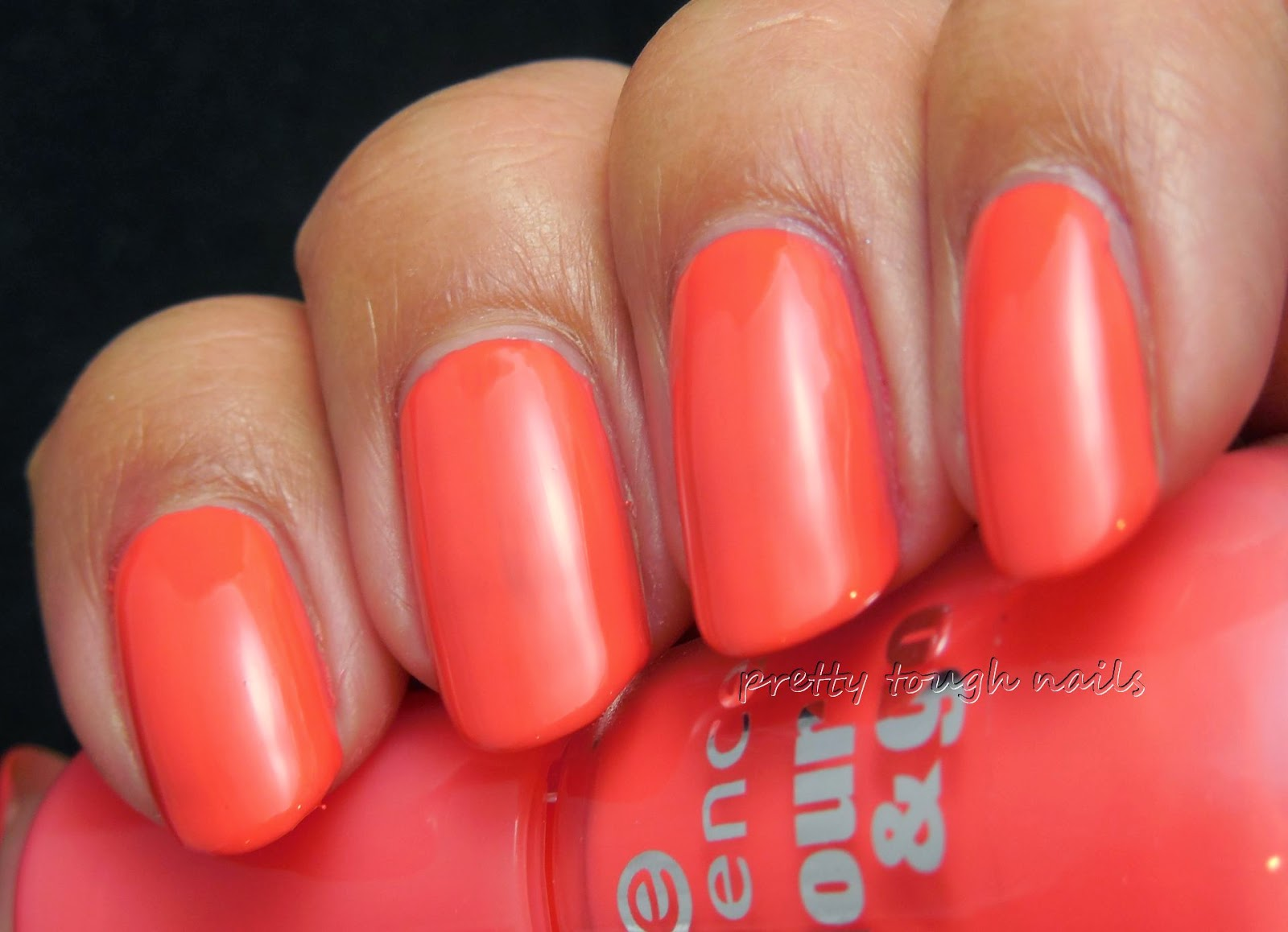 Essence Color & Go Off To Miami