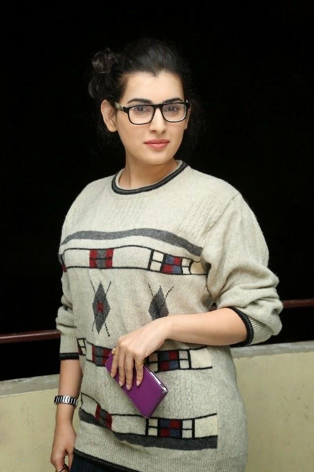 Actress Archana New Pics