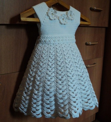 White Dress for Little Angle - Free Crochet Diagram