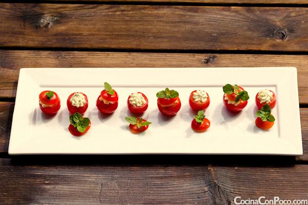 Tomates Cherry Rellenos de Crema de Queso - Receta facil