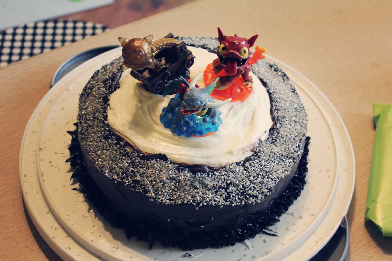 sassafras skylander giant cake cake decorating