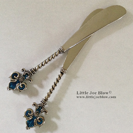 Fleur De Lis Knives- sold by Little Joe Blow photo 2