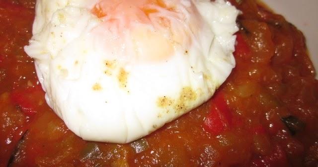 Entre cacharros de cocina huevos poch en varoma thermomix for Cacharros de cocina