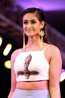 Ileana Glamorous pics as she walks the Ramp for Smile Foundation in a lovely Tight Half Tank TOp