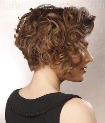 model rambut bob bagi wanita berambut keriting