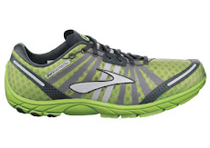 MEN BROOKS SHOES NEW!!!