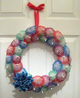 crafts for christmas tutorial: umbrella wreath