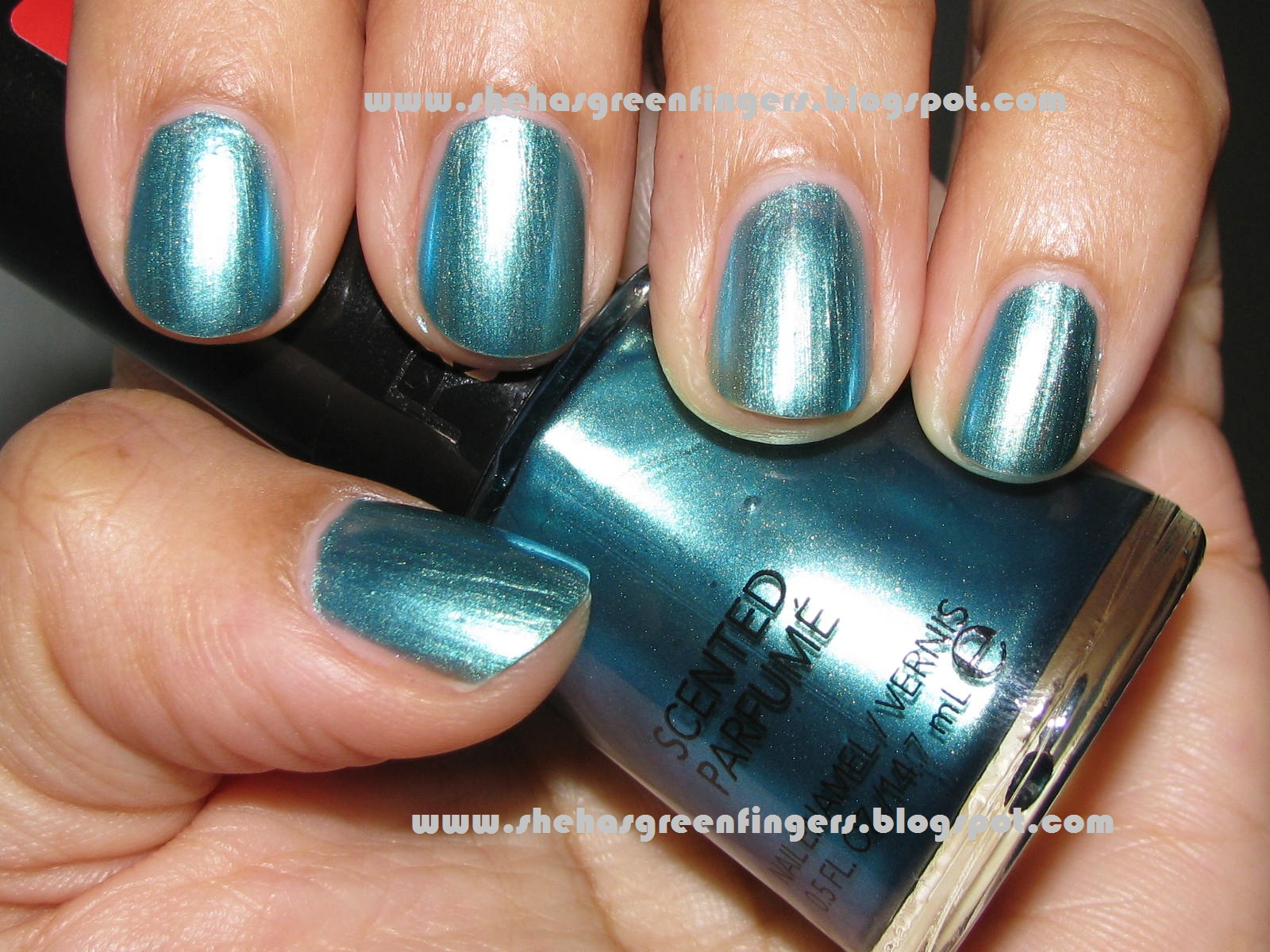She Has Green Fingers: Smell My Fingers! Ocean Breeze Scented Polish ...