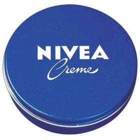 depois de olhar resenhas em varios blogs sobre esse creme da Nivea ...