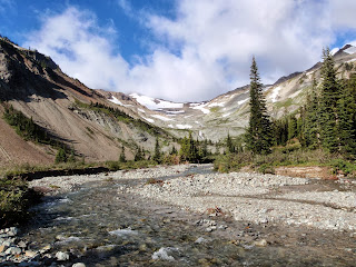 McCall Basin in Goat Rocks Wilderness - Cascades