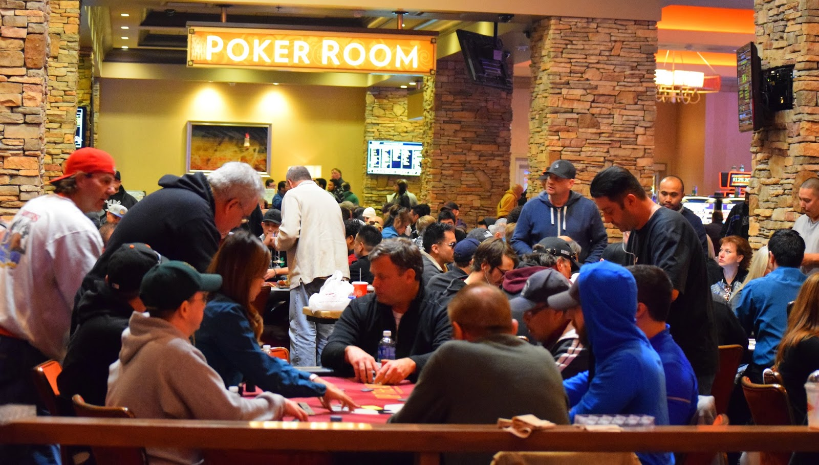 Lincoln, CA, – Thunder Valley Casino Resort hosted an official ribbon cutting ceremony this past Wednesday to commemorate the grand opening of their new 25, square foot state-of-the-art Poker Room.
