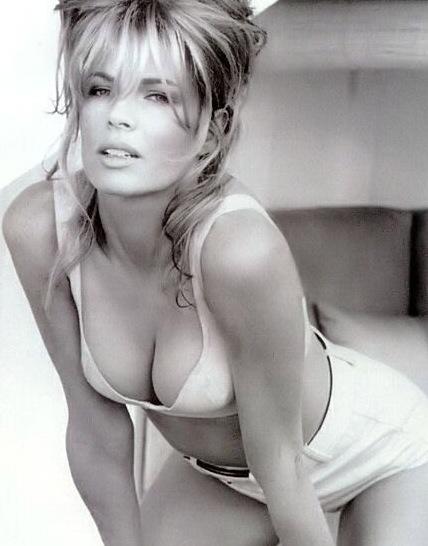 Kim Basinger Hot Wallpapers
