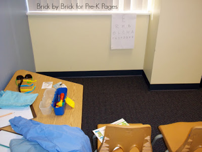 Eye Doctor Dramatic Play (Brick by Brick)