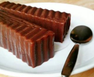 http://resepkue2014.blogspot.com/2015/06/resep-puding-coklat-terkini.html
