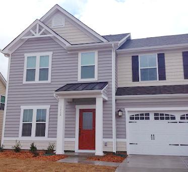 Ryan  Homes Graphite Gray Siding, Silver Mist Shake, Roycroft Copper Red Door