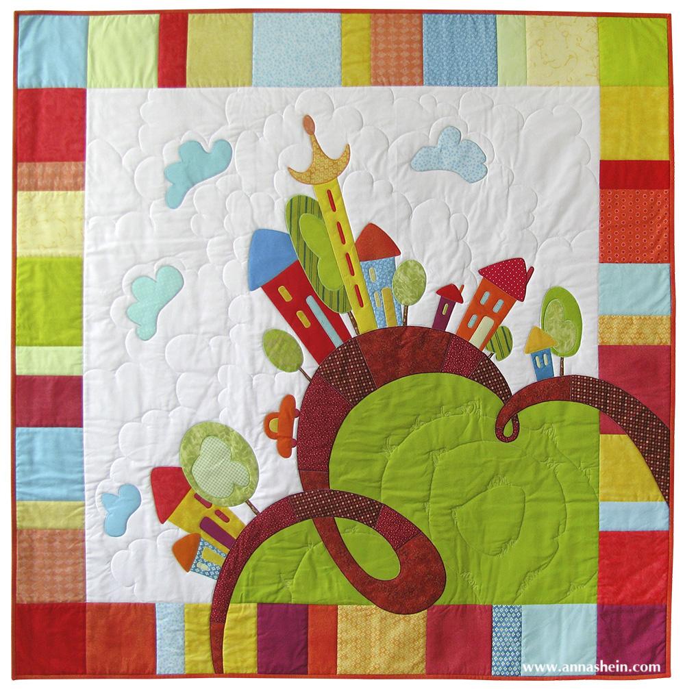 """Детское лоскутное одеяло с аппликацией """"Веселые домики"""". Шеин Анна."""