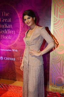 Jacqueline Fernandez Unveils Great Indian Wedding Book 24.JPG